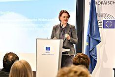 Staatsministerin Annette Widmann-Mauz